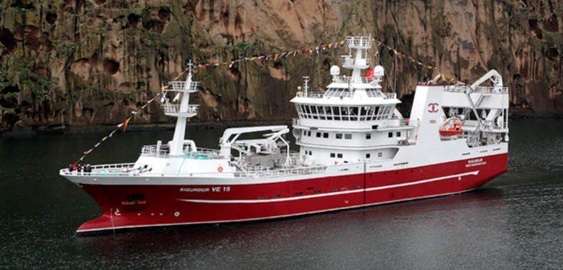 pelagic-fishing-success-with-hampidjan-gear