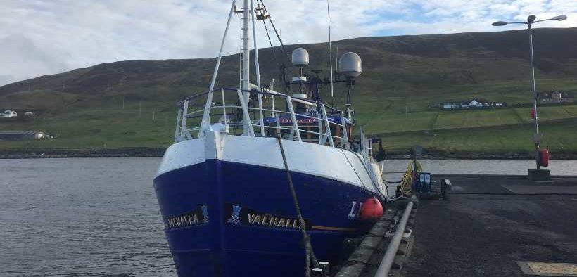 UK AGREES FISHING CATCH LIMITS