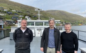 JT ELECTRIC DELIVERS FEEDING BARGE